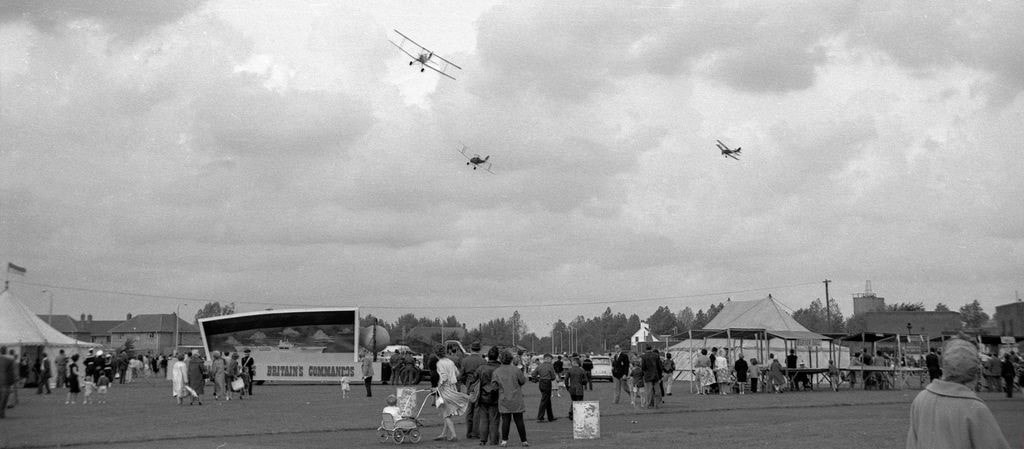 Hornchurch's last air show on the 3rd September 1960